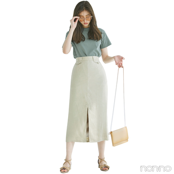 新木優子はTシャツにきれいめタイトスカートで大人にシフト【毎日コーデ】