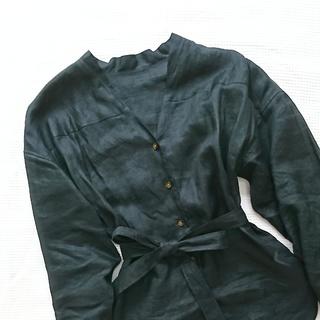 夏の黒は、大人な黒!黒のリネンシャツを素敵に☆