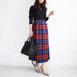 秋こそ着たい!トラディショナルなチェック柄スカート