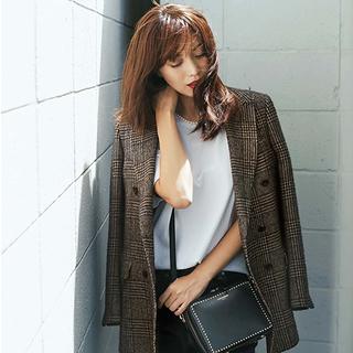 きちんと感があって女らしい。働くアラフォーのジャケットコーデ15選