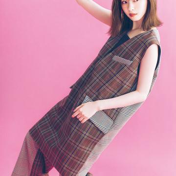 秋ファッションで魅せるモデルの顔。 西野七瀬フォトギャラリー