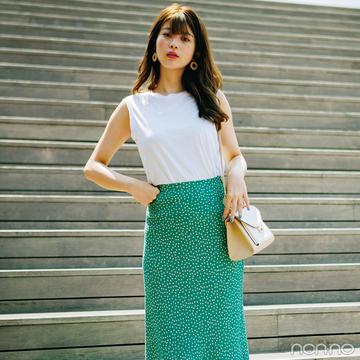 馬場ふみかはノースリ&タイトミディスカートで美人見え夏スタイル【毎日コーデ】