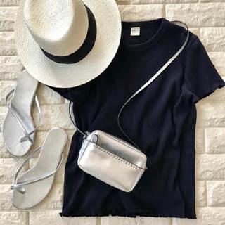 1枚で普段着がもっとおしゃれに!差がつくトップス色選び【高見えプチプラファッション #25】