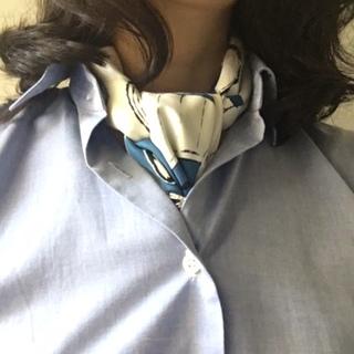 オフィスコーデにスカーフで働く女っぷり足し!_1_1-2