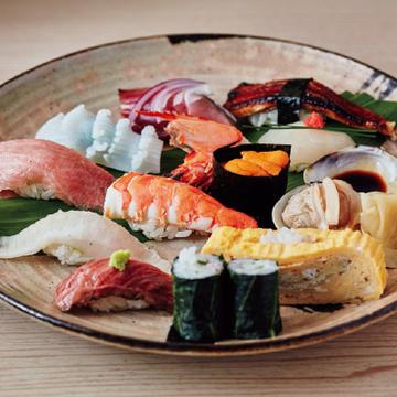 <福岡・鮨の名店⑦>「寿司 味処 河童」でリーズナブルに鮨+αを堪能!