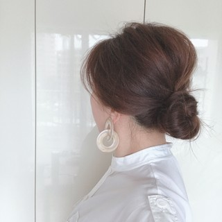 くせ毛と白髪をごまかすふんわりまとめ髪【40代ヘアスタイル】_1_1