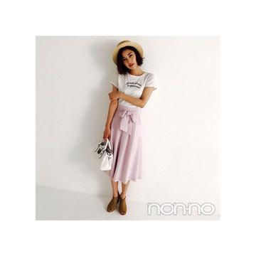 岡本あずさは大人気の白×ピンクを大人フェミニンに着る!【毎日コーデ】