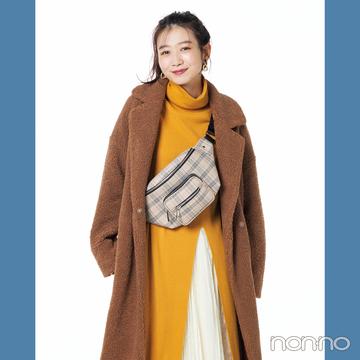 プリーツスカートはこの色&素材感が使えるポイント!【スタイリストの使えた服】