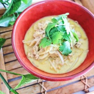 簡単にアジアの味!栄養価の高いココナッツミルクでラクサヌードル!
