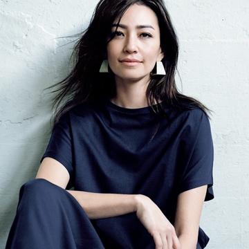 アラフィー女性を美しく見せる『夏Tシャツ』の選び方&着こなし方【2020版】