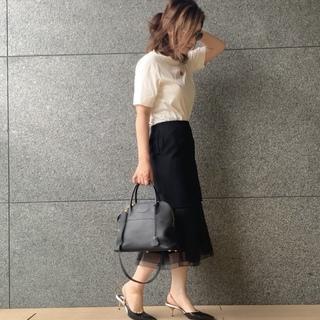 【夏の黒】Tシャツを華やかにしてくれる黒と合わせるコーデ。