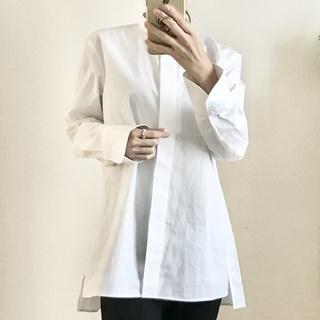 大人買いしたユニクロ+J③美女組でお揃い続出の白シャツ