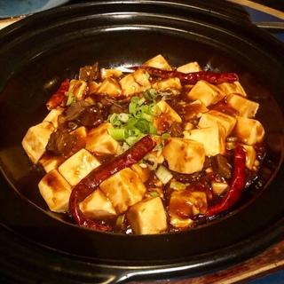グルメが唸る絶品麻婆豆腐はオシャレなこちらで♪_1_1-1