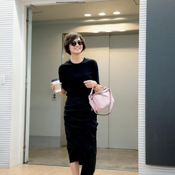 1.撮影前は富岡さんの私服が毎回話題に