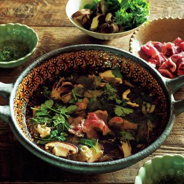 料理家・冷水希三子さんの〝香り豊かな、和み鍋〟 五選