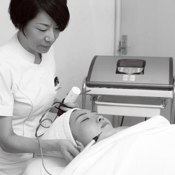 2. ストレスや忙しさで肌内が熱く、赤くなっているデリケート肌の救世主!ーAoyama Dermatology Clinic
