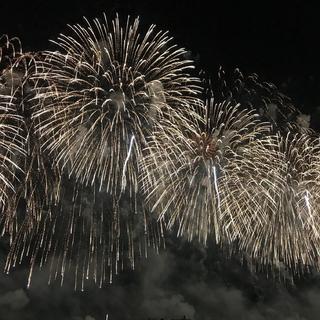 花火に温泉、カーリング!? 美女組さんの日本の夏旅【マリソル美女組ブログPICK UP】