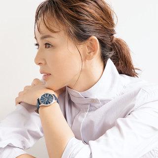 お仕事にも活躍!キリリと引き締まる「シンプルマニッシュ」時計