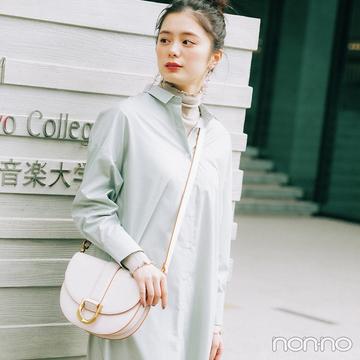 シンプルなシャツワンピは盛れる小物で女らしく印象チェンジ【大学生の毎日コーデ】