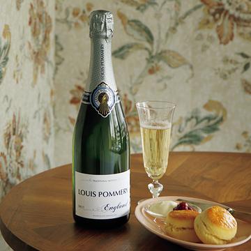 フランス風が漂う、実はイギリス出身のスパークリングワイン「ルイ・ポメリー イングランド」【飲むんだったら、イケてるワイン】