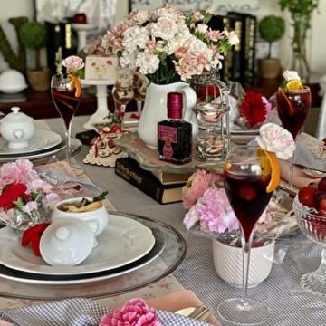 「瞬間映え色RED」で母の日のテーブルコーディネート♡
