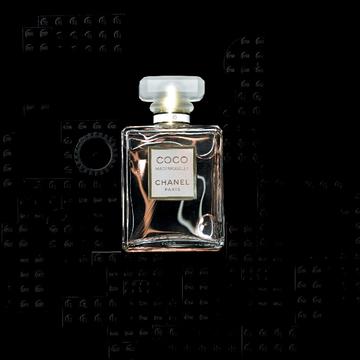 5. 官能的なのにフレッシュ! 誰からも好かれる、品のよいほめられ香水