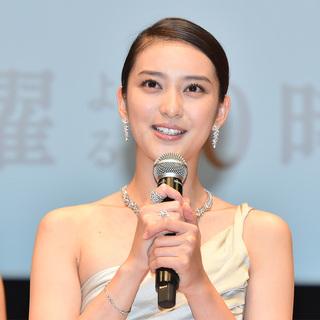 総額1億6000万円!武井咲さんが着用したティファニーのジュエリーをご紹介