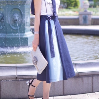 zaraのカラーブロックスカート