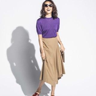 """Style【2】ミディスカートはスライドサンダルで""""きれい見え""""を狙って"""