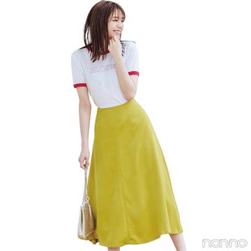 秋の新作サテンスカートを先取り! 上品なツヤ感でコーデをリフレッシュ【毎日コーデ】