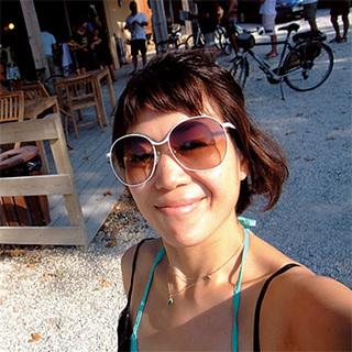メイクアップアーティスト・早坂香須子さん 南仏プロヴァンス旅のコーディネート