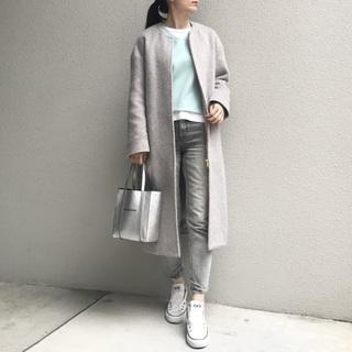 冬から春へのファッションはカラーニットにおまかせ!