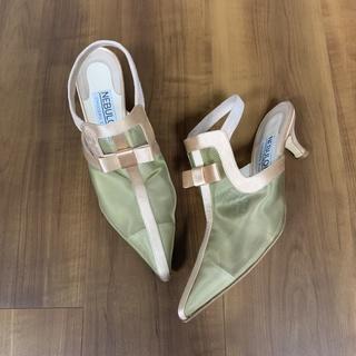 フラットシューズに慣れた私たちが、ヒール靴に戻る時。どんな靴がオススメ?