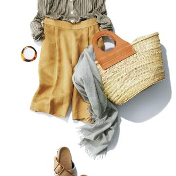 どんなテイストや色も受け入れシックな着こなしに昇華! 「夏グレージュ」の頼れるアイテム&コーデ21