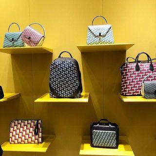 世界にひとつだけのバッグが作れる!ヴァレクストラの2019春夏展示会へ