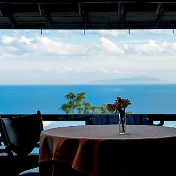 満ち足りた休日を約束する和と洋が美しく融合したホテル