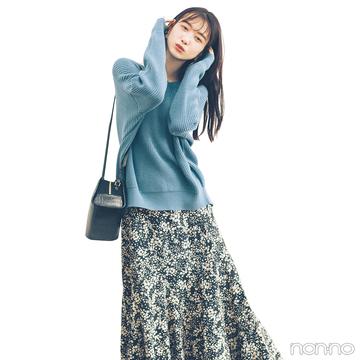揺れるAラインスカートでトレンド仕上げのフェミニンコーデ♡【毎日コーデ】