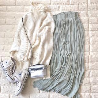 スカート1枚でマンネリ脱出!印象変わるきれい色【高見えプチプラファッション #85】