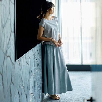 昨年の登場以来大人気のデザイン! 「GALLARDAGALANTE×éclat」のつやスカート