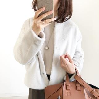 『UNIQLO』ふわふわ極上の手触り♡冬の白アウター【tomomiyuコーデ】
