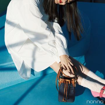 フェンディのバケツ型バッグ、春はミニサイズで♡【20歳からの名品】