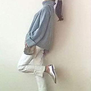 デザインニット+定番ジーンズ+ちょい派手靴で簡単コーディネート