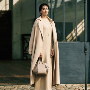 【Iシルエットコーデ】マキシ丈ワンピース&ロングコートのワントーンですっきりと