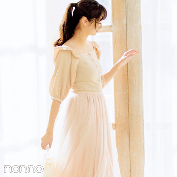 憧れ春コーデNO.1! 新川優愛が着る桜ピンクのチュールスカート♡