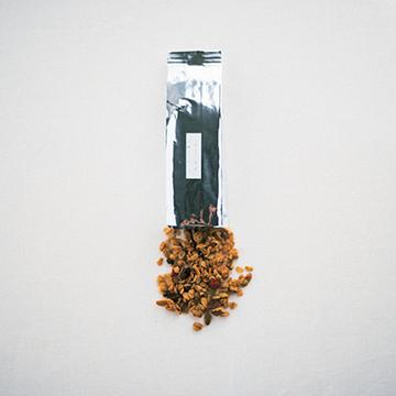 ごま油の風味がアクセント carta「グラノーラ」