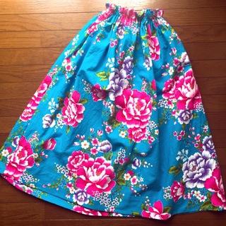 簡単!可愛い!『客家花布』のフレアスカートを作ってみた