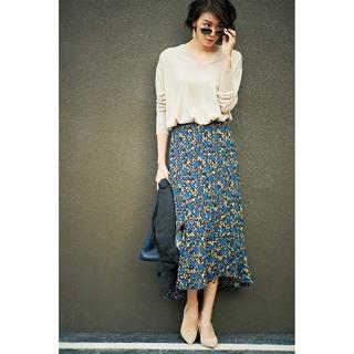 40代のコーデが華やぐ、大人に似合う花柄スカート4選 | アラフォーファッション