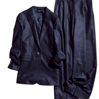 DIFFERERNCE 青山店の画期的なシステムで、オーダースーツが身近に!