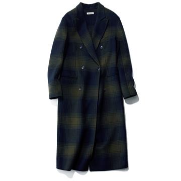 マディソンブルーの大人向けチェックのチェスターコート【今季買うべき「指名買いコート」】