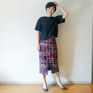 華やかツィードスカートで目指すは、この秋トレンドの上品さ!